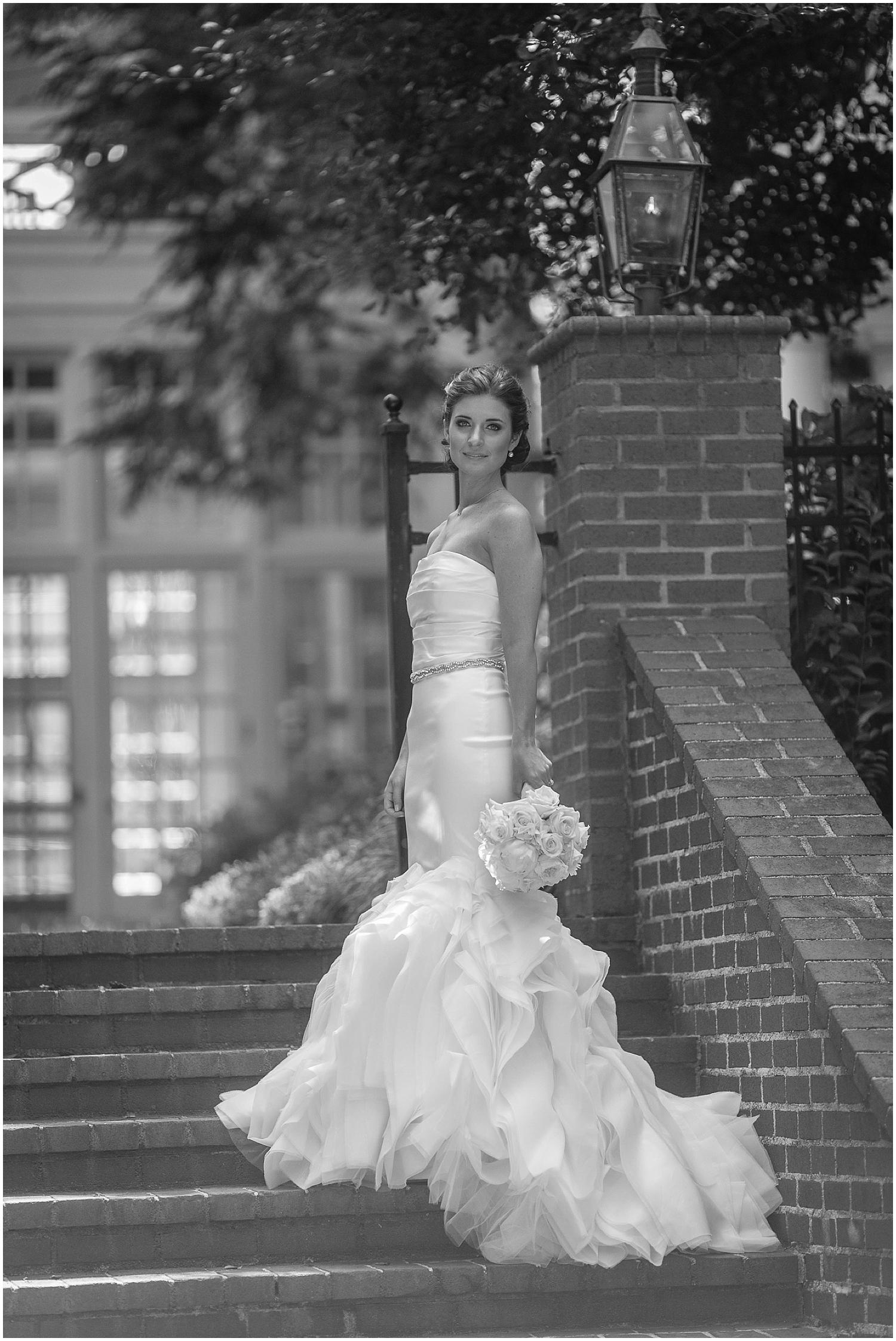 Catherine Bridals B+W-0018.jpg