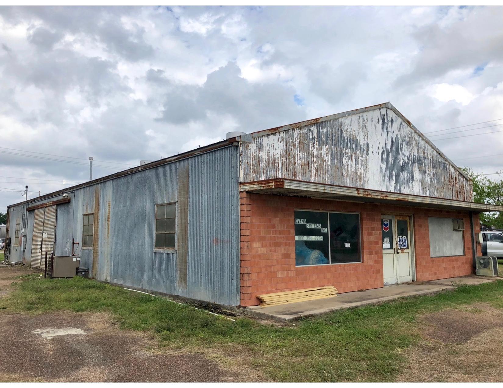 Metal building wall repairs, Houston, TX