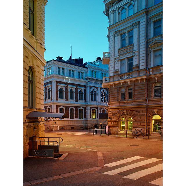 "#Korkeavuorenkatu, 2019 - from the series ""#Helsinki in #Twilight"""