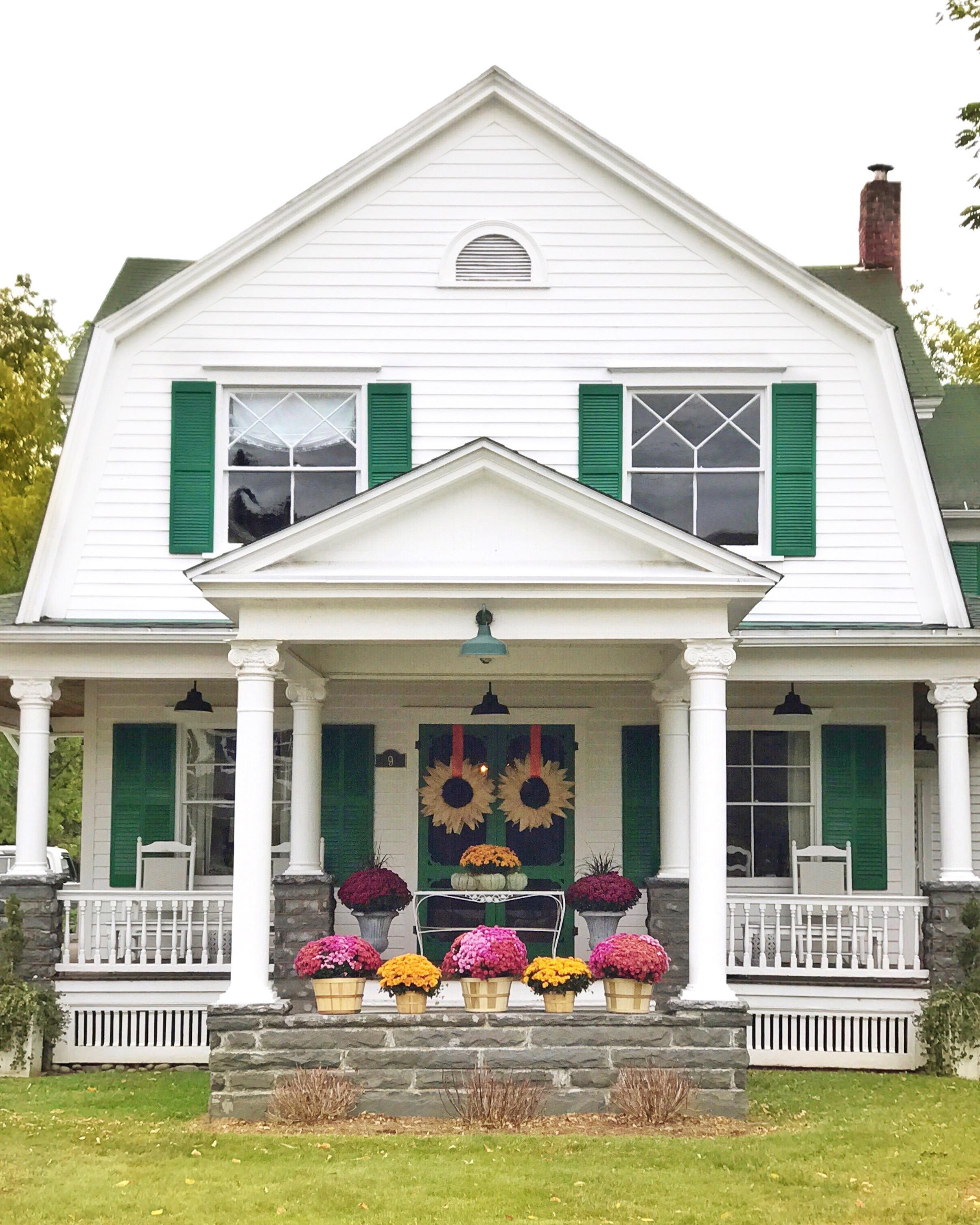 farmhouse front porch.JPG