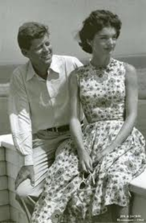 The poppy print that I love so much is made so elegant by Jackie O.