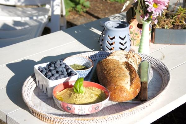 NestingDoll's Cashew 'Cheese' perfect picnic spread!