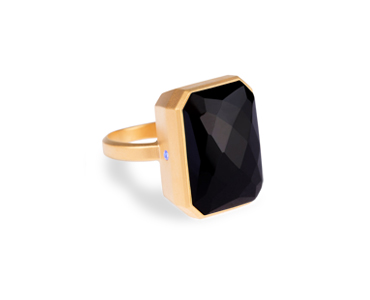 Ringly Rings let you know when you receive a phone call, text, or any other notification via bluetooth. And they're absolutely stunning.