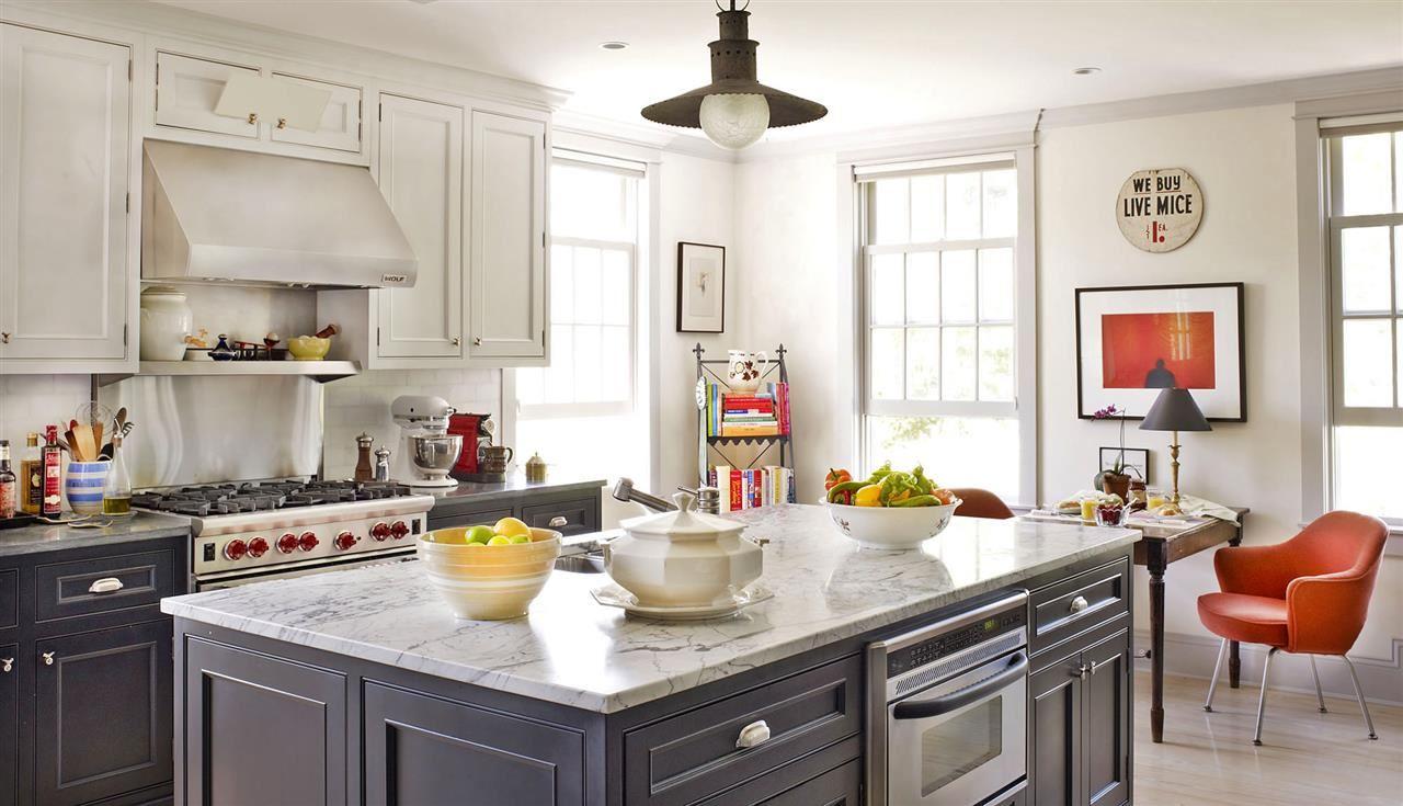 Loving grey kitchen cabinets