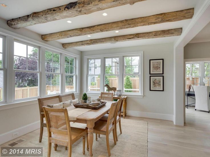 exposed beams in the dining area