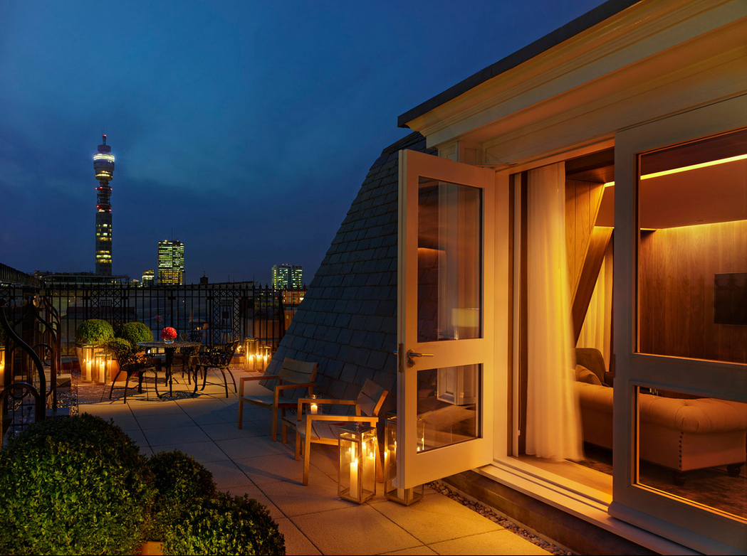 Private escape! Outdoor Patio with spectacular London views.