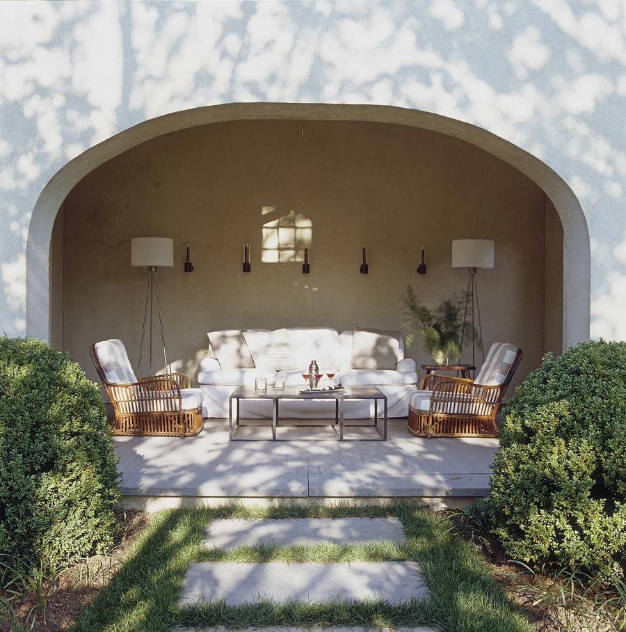 Inspiring Outdoor Spaces - KiraSemple.com
