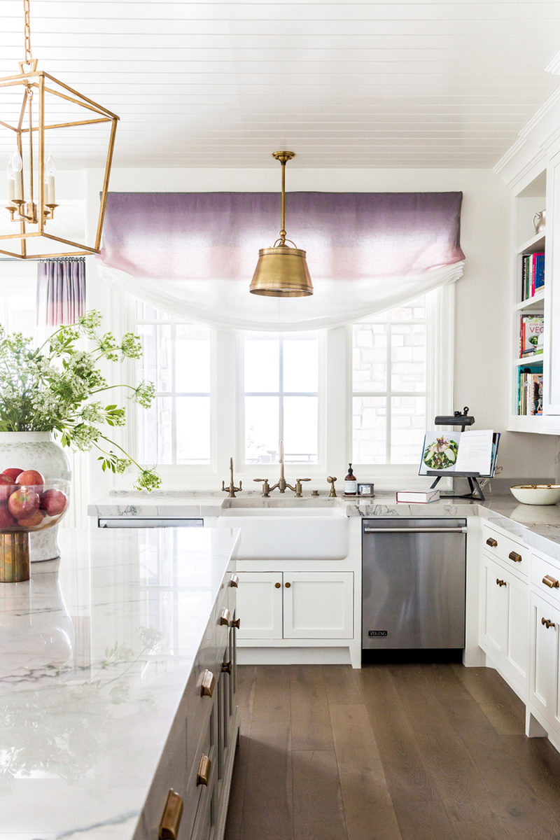 A Top Fashion Blogger's Equally Fashionable Kitchen — KiraSemple.com