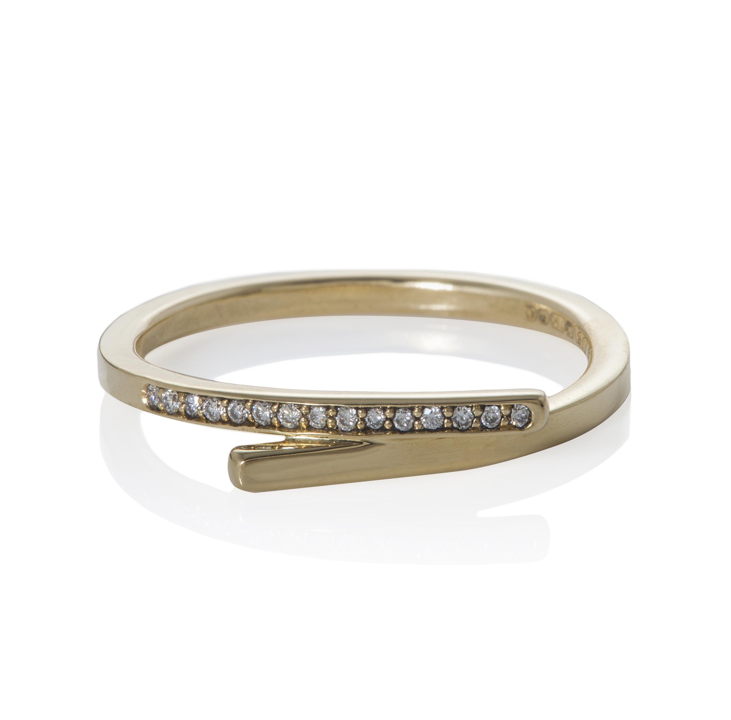 18 ct Pavé Diamond Loop Ring