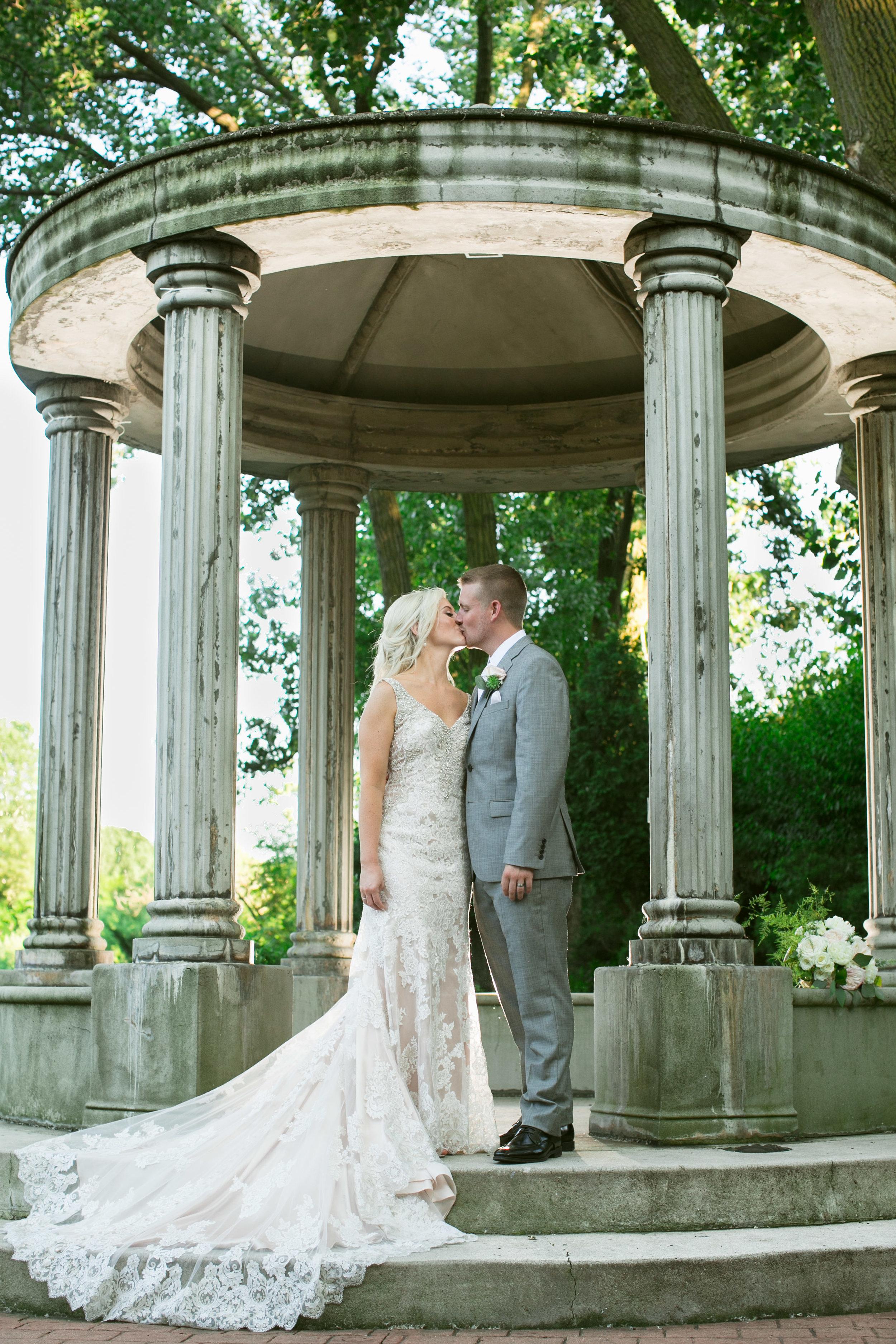 Wedding Selects (Website)-68.jpg