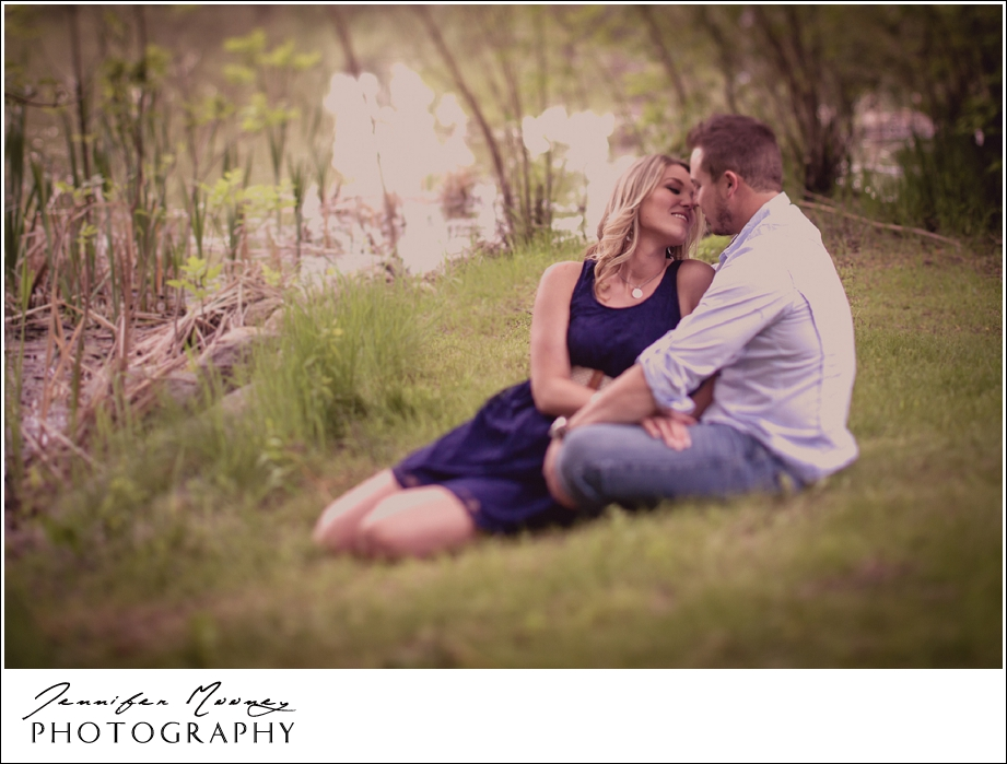 Jennifer_Mooney_Photography_flathead_engagment_session_romantic_familyJennifer_Mooney_Photo_engagement_schmidt_057.jpg