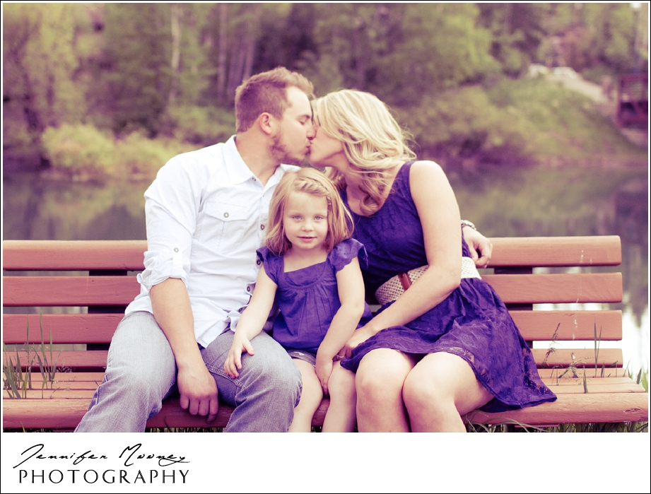 Jennifer_Mooney_Photography_flathead_engagment_session_romantic_familyJennifer_Mooney_Photo_engagement_schmidt_079.jpg