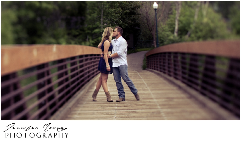 Jennifer_Mooney_Photography_flathead_engagment_session_romantic_familyJennifer_Mooney_Photo_engagement_schmidt_081.jpg