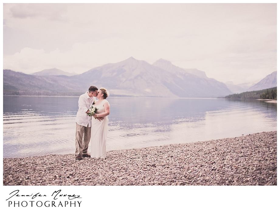 Jennifer_Mooney_Photo_wedding_glacier_national_park_vow_renewals_10_year_anniversary_porter_276.jpg