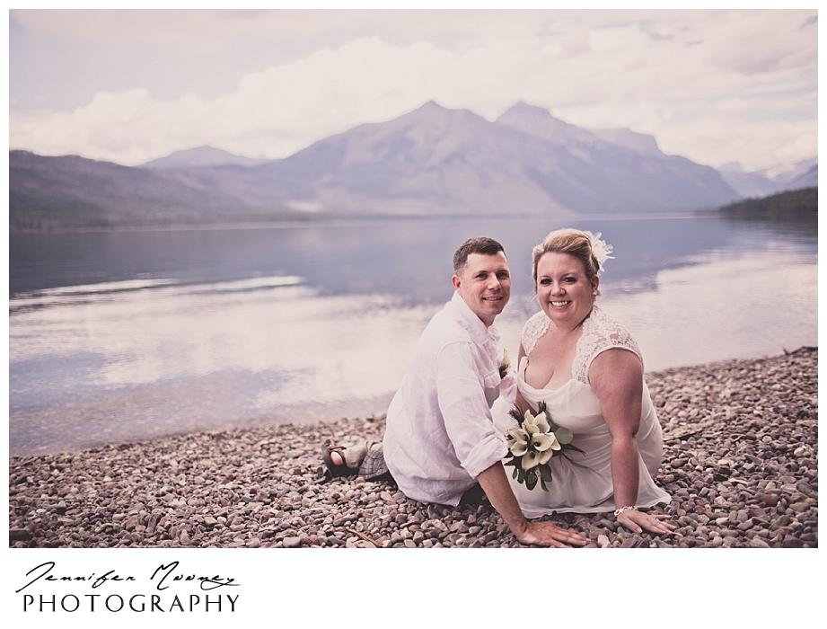 Jennifer_Mooney_Photo_wedding_glacier_national_park_vow_renewals_10_year_anniversary_porter_315.jpg