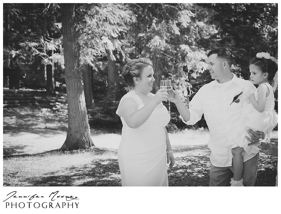 Jennifer_Mooney_Photo_wedding_glacier_national_park_vow_renewals_10_year_anniversary_porter_331.jpg