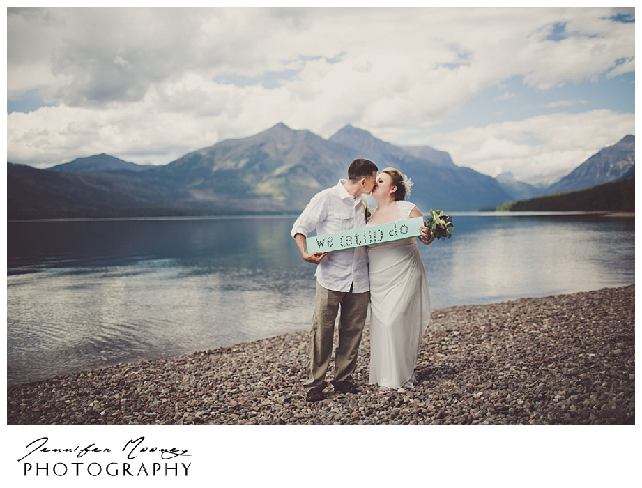 Jennifer_Mooney_Photo_wedding_glacier_national_park_vow_renewals_10_year_anniversary_porter_339.jpg