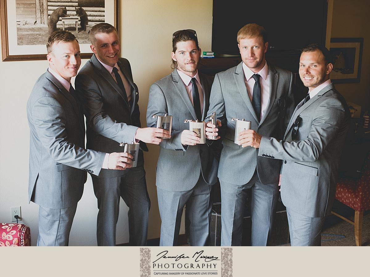 Jennifer_Mooney_Photo_whitefish_lodge_wedding_occhialini_00036.jpg