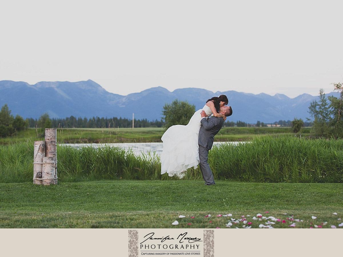 Jennifer_Mooney_Photo_england_flathead_diamondb_montana_wedding_00049.jpg