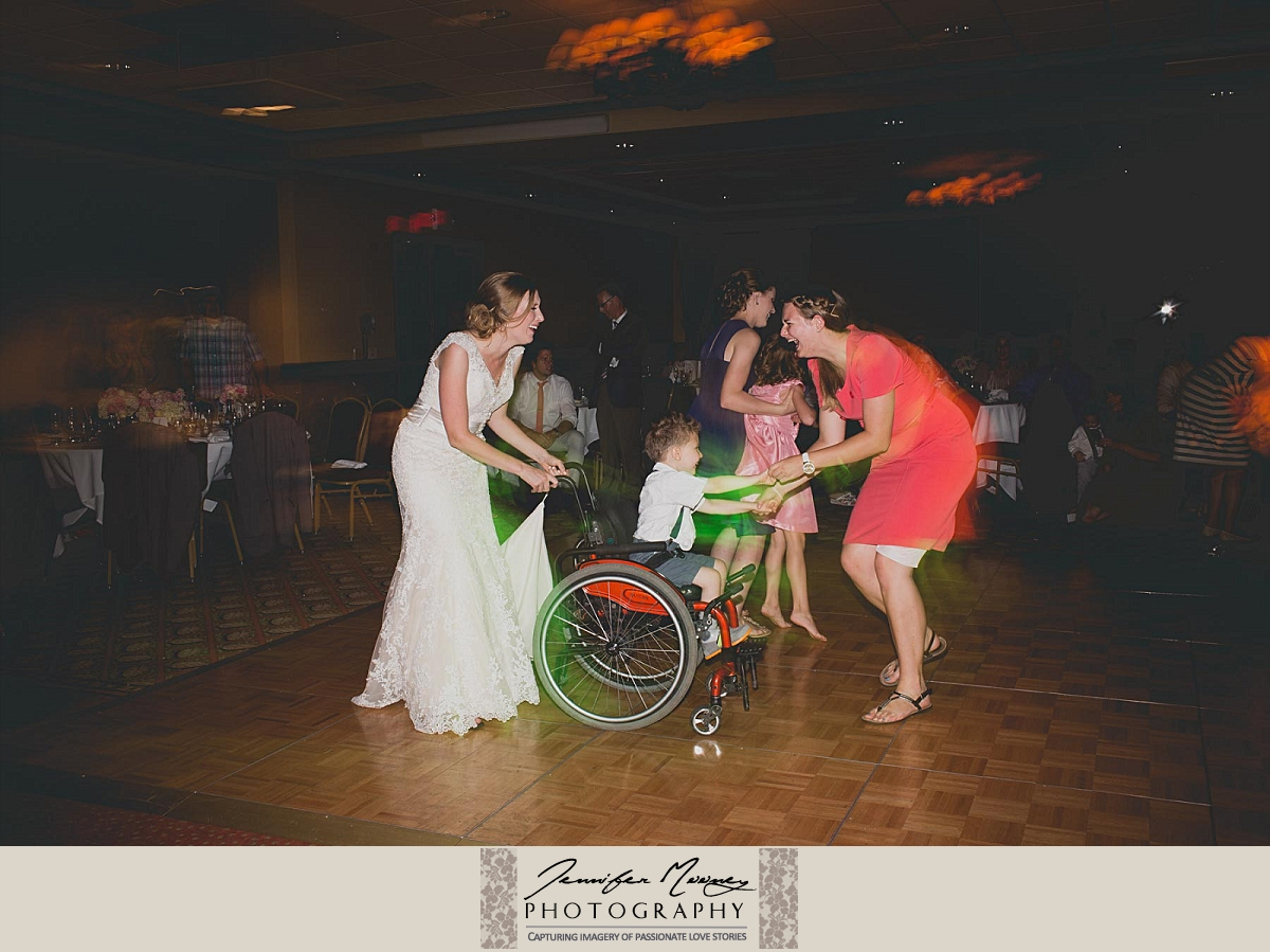 Jennifer_Mooney_Photo_ostler_Czahoroski_wedding_whitefish_lake_lodge_soulmates_love_montana_wedding_00231.jpg