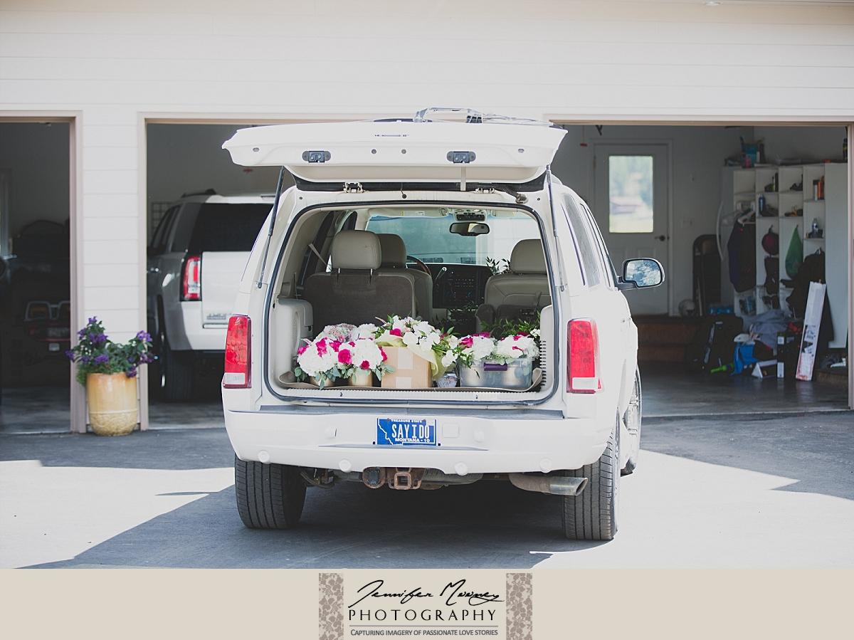 Jennifer_Mooney_Photo_gardner_hatton_ranch_classy_elegant_montana_wedding_00017.jpg