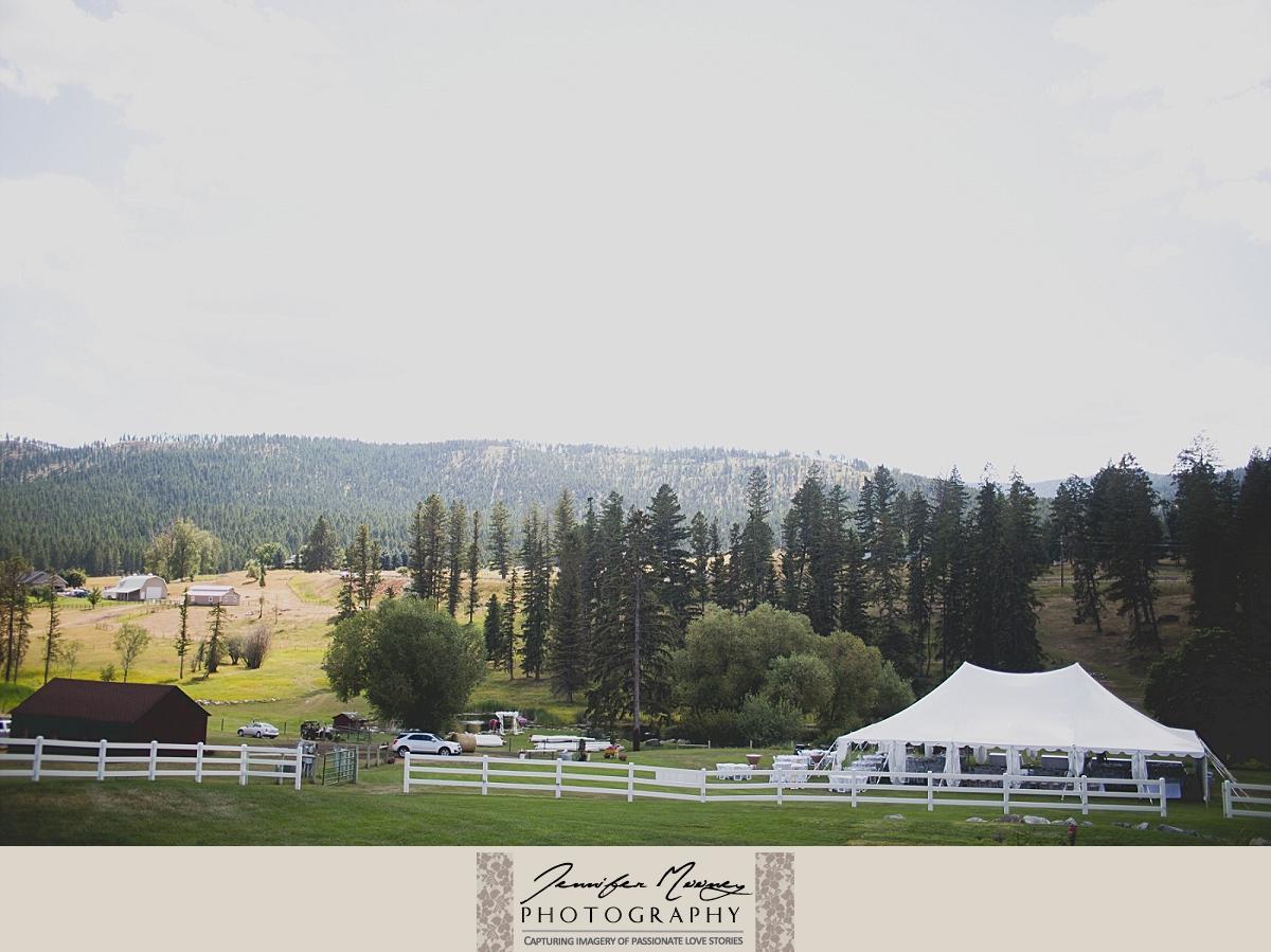 Jennifer_Mooney_Photo_gardner_hatton_ranch_classy_elegant_montana_wedding_00021.jpg
