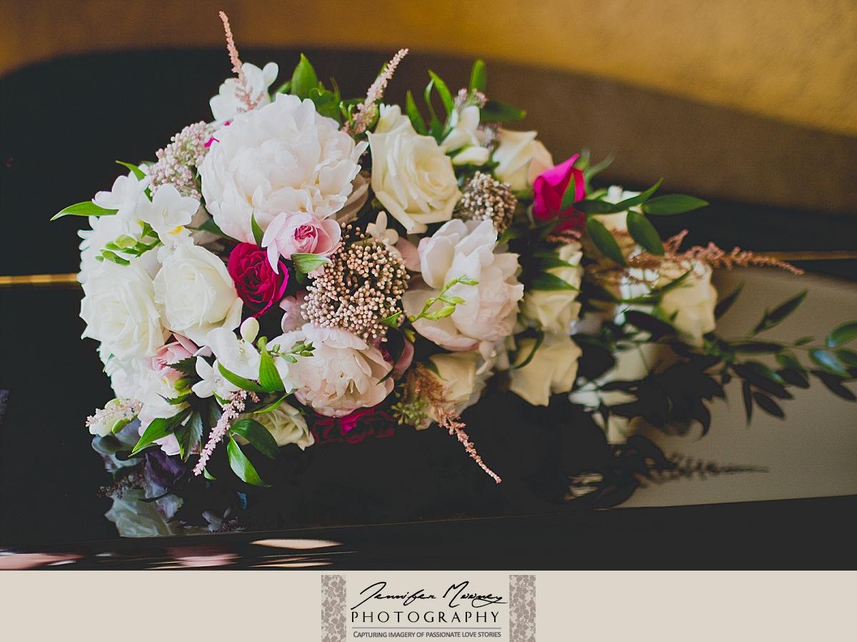 Jennifer_Mooney_Photo_gardner_hatton_ranch_classy_elegant_montana_wedding_00023.jpg
