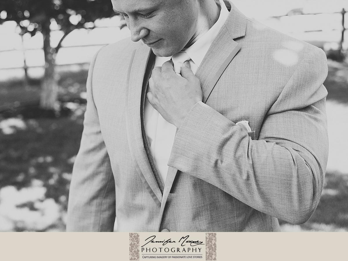 Jennifer_Mooney_Photo_gardner_hatton_ranch_classy_elegant_montana_wedding_00040.jpg