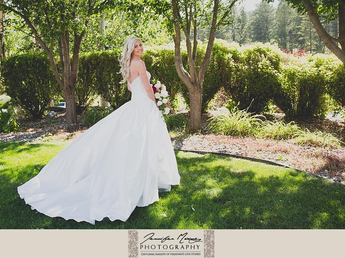 Jennifer_Mooney_Photo_gardner_hatton_ranch_classy_elegant_montana_wedding_00075.jpg