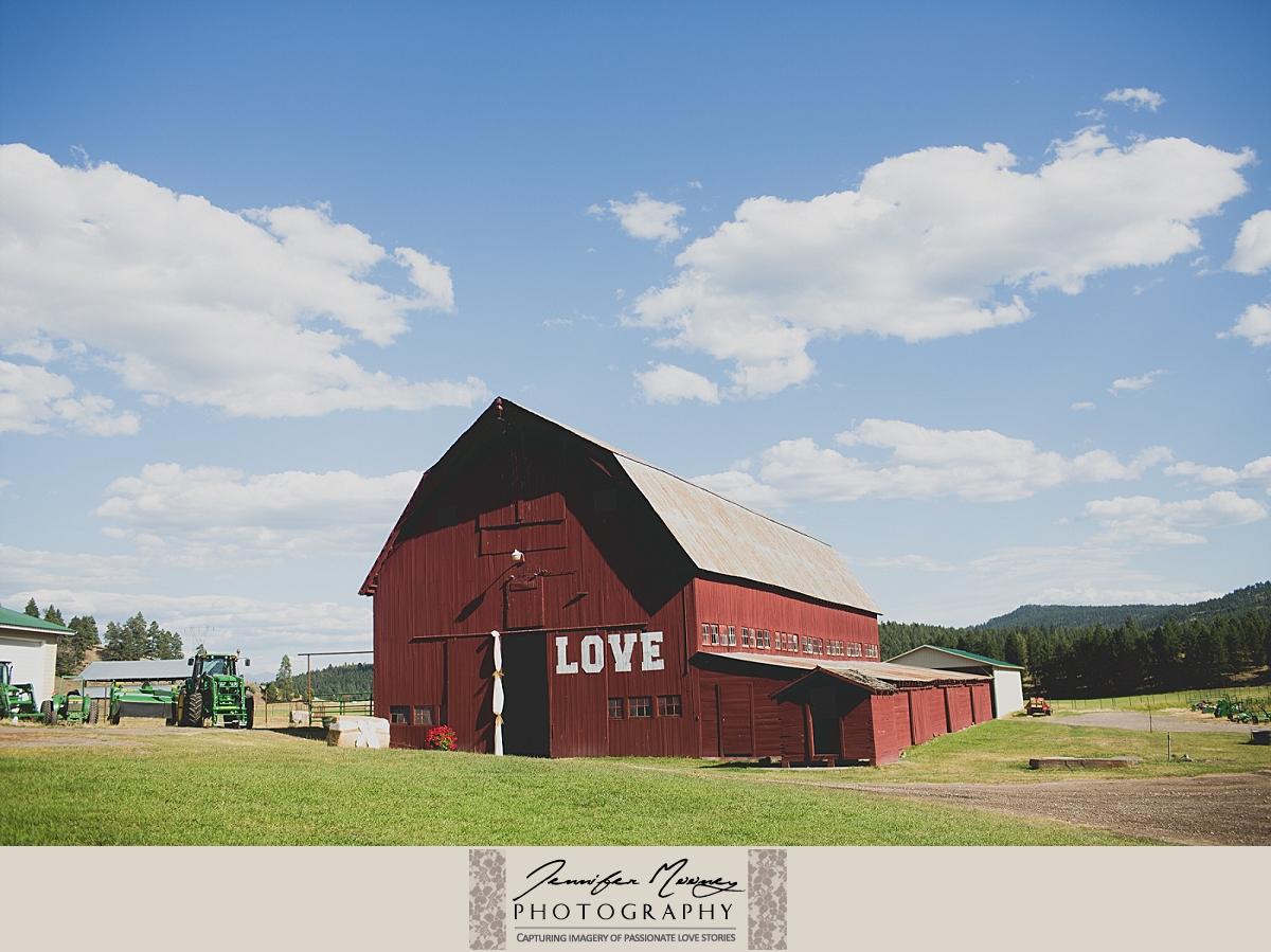 Jennifer_Mooney_Photo_gardner_hatton_ranch_classy_elegant_montana_wedding_00081.jpg