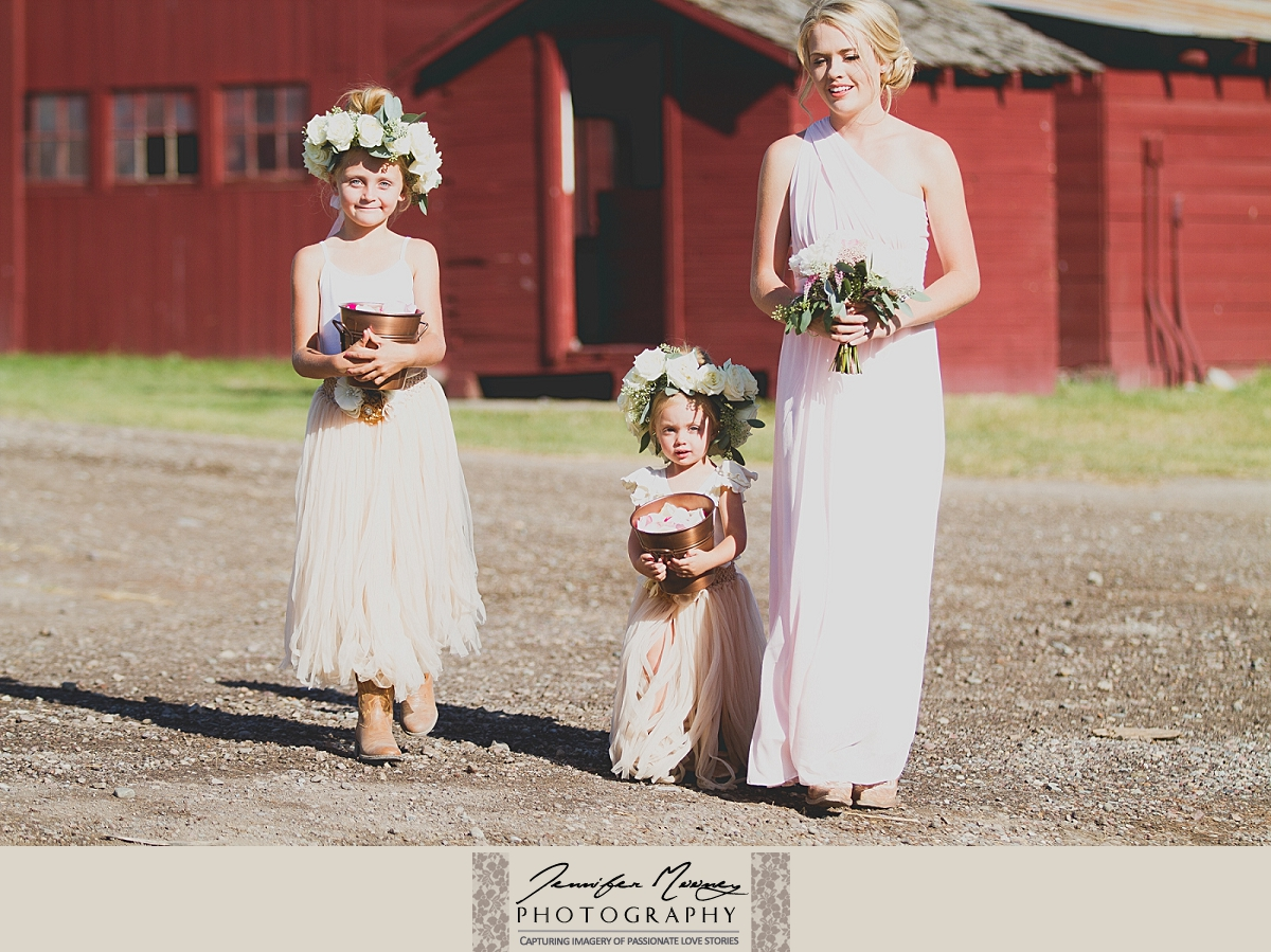 Jennifer_Mooney_Photo_gardner_hatton_ranch_classy_elegant_montana_wedding_00098.jpg