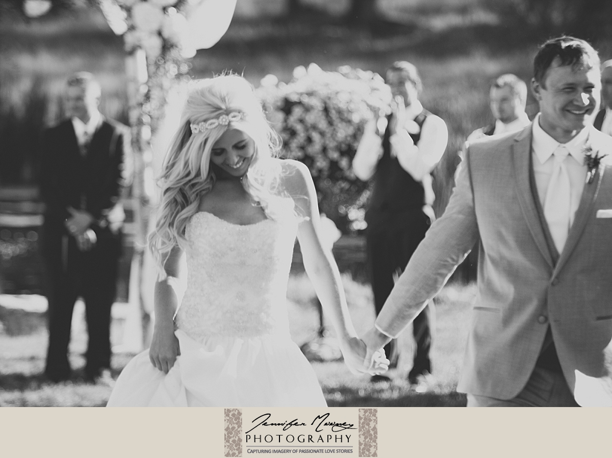 Jennifer_Mooney_Photo_gardner_hatton_ranch_classy_elegant_montana_wedding_00122.jpg