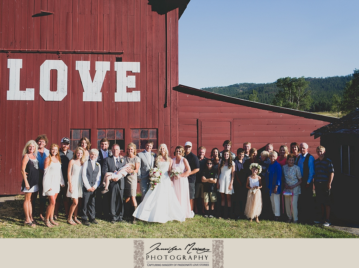 Jennifer_Mooney_Photo_gardner_hatton_ranch_classy_elegant_montana_wedding_00135.jpg