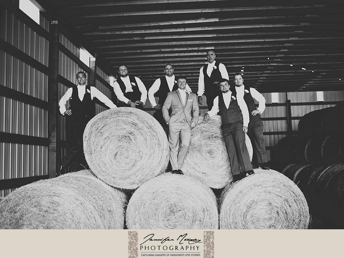 Jennifer_Mooney_Photo_gardner_hatton_ranch_classy_elegant_montana_wedding_00138.jpg