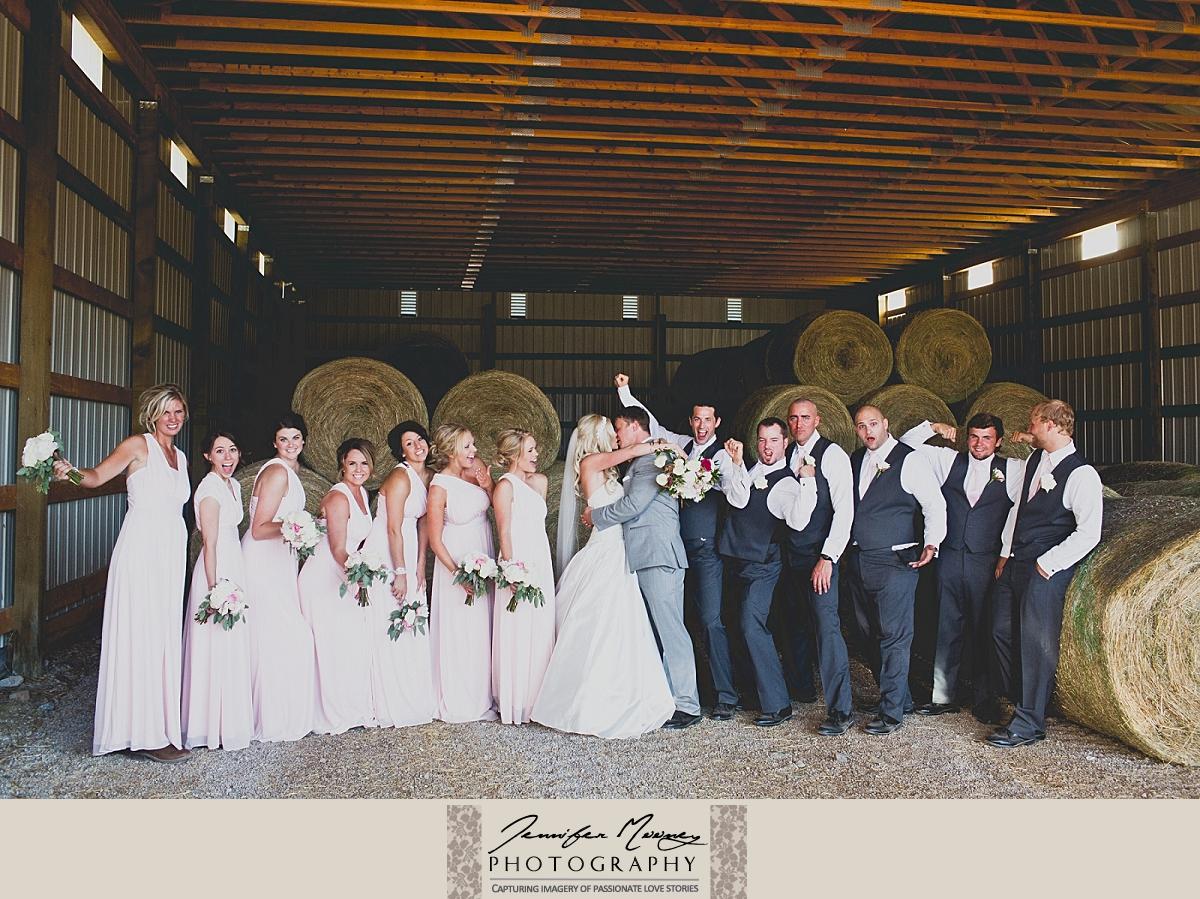 Jennifer_Mooney_Photo_gardner_hatton_ranch_classy_elegant_montana_wedding_00137.jpg
