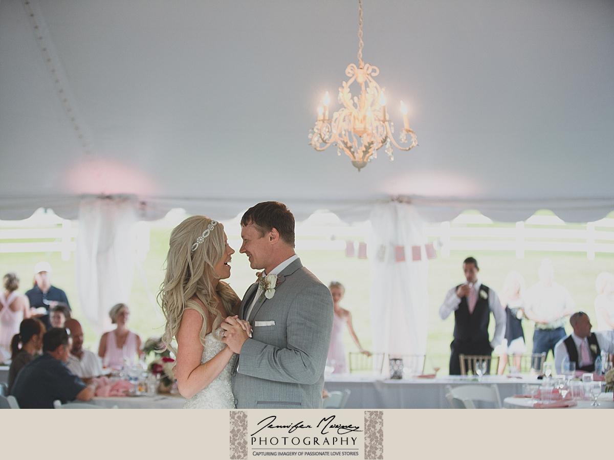 Jennifer_Mooney_Photo_gardner_hatton_ranch_classy_elegant_montana_wedding_00155.jpg