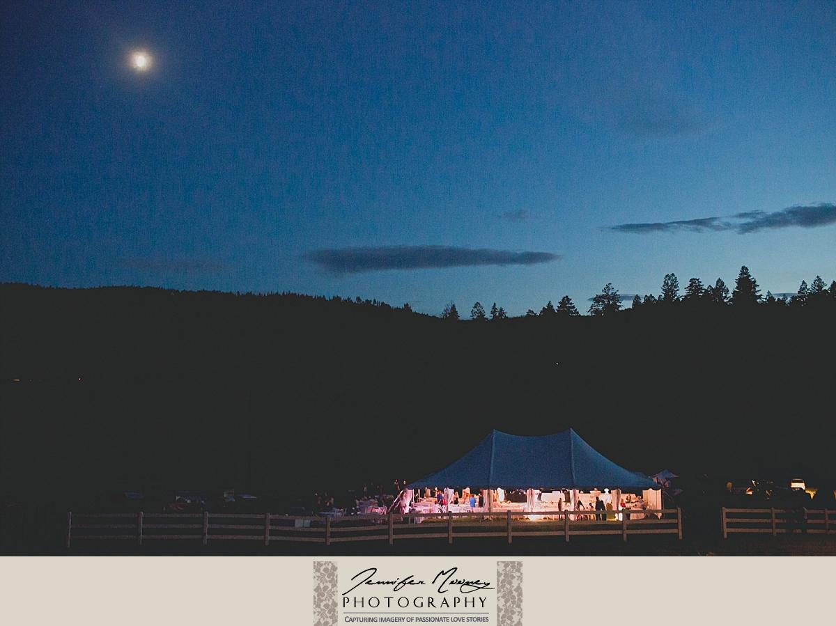 Jennifer_Mooney_Photo_gardner_hatton_ranch_classy_elegant_montana_wedding_00167.jpg