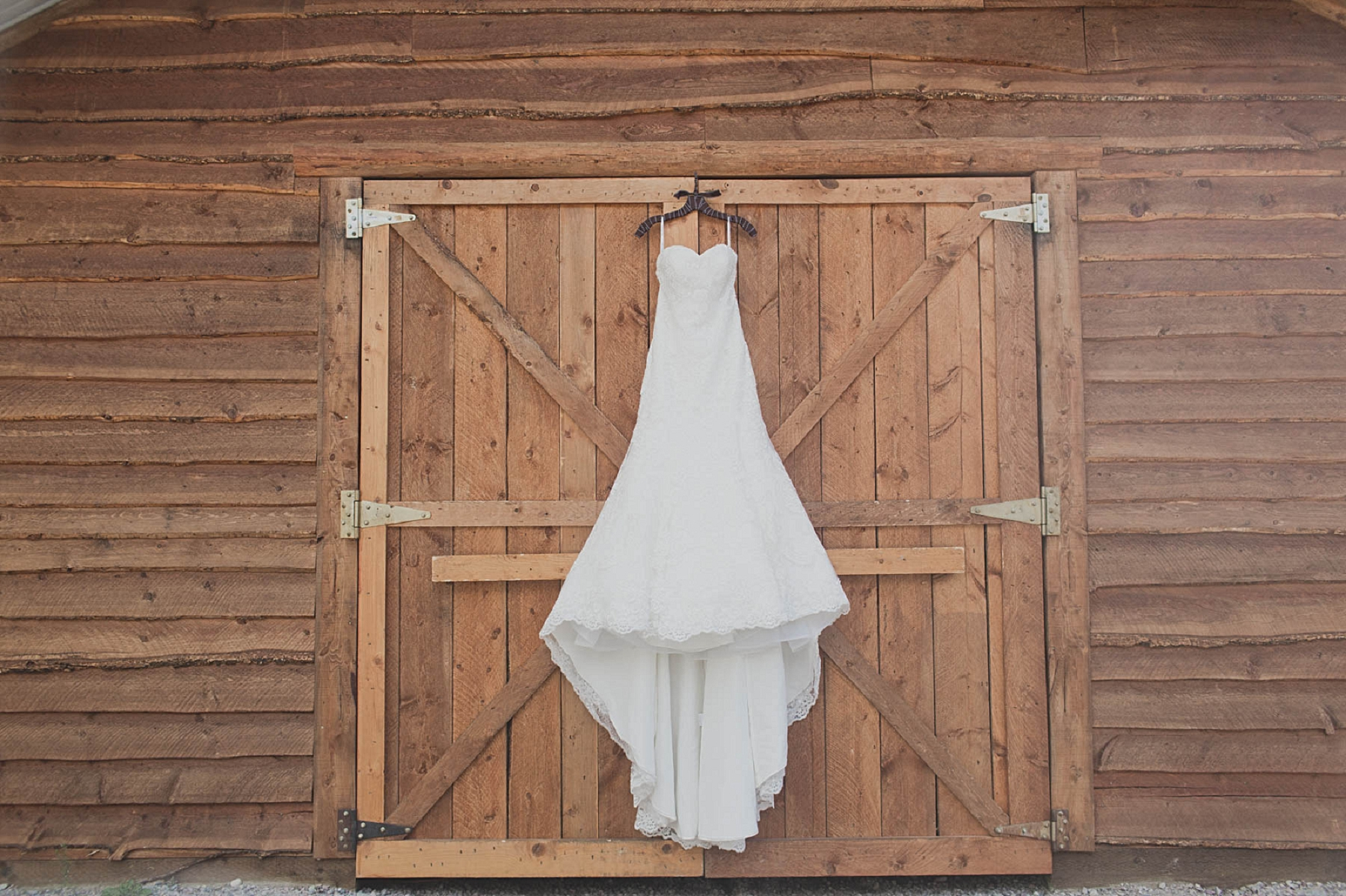 Jennifer_Mooney_photo_glacier_outdoor_center_wedding_montana_fall_elegant_rustic_romantic-1.jpg