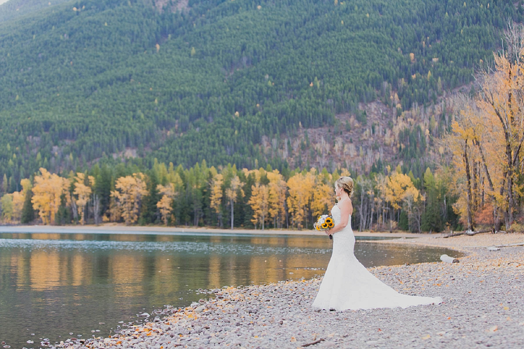 Jennifer_Mooney_photo_glacier_outdoor_center_wedding_montana_fall_elegant_rustic_romantic-56.jpg