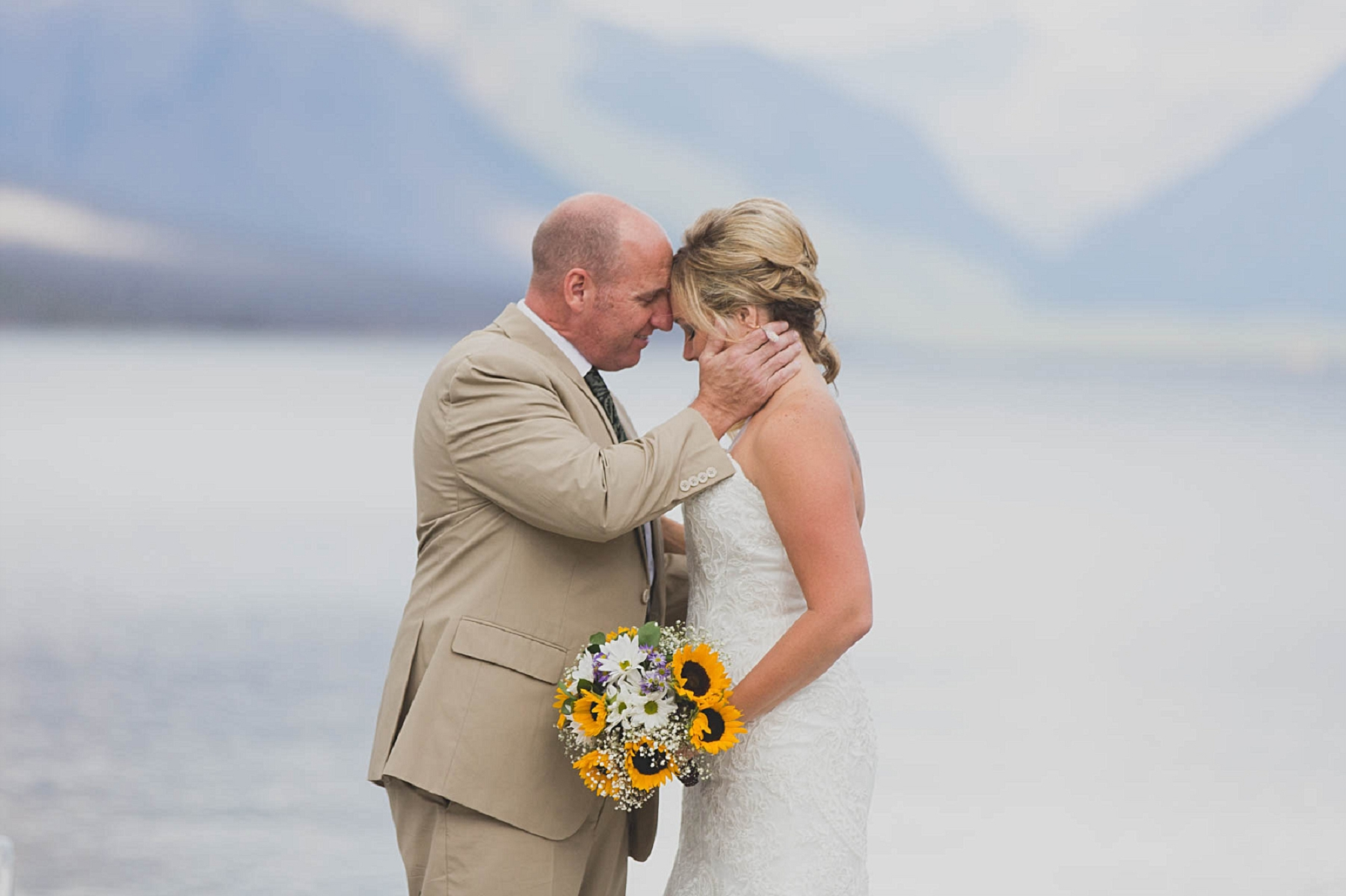 Jennifer_Mooney_photo_glacier_outdoor_center_wedding_montana_fall_elegant_rustic_romantic-58.jpg
