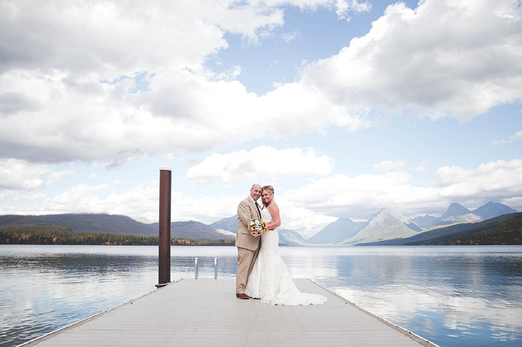 Jennifer_Mooney_photo_glacier_outdoor_center_wedding_montana_fall_elegant_rustic_romantic-60.jpg