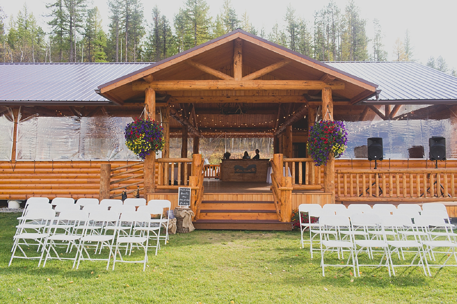 Jennifer_Mooney_photo_glacier_outdoor_center_wedding_montana_fall_elegant_rustic_romantic-66.jpg