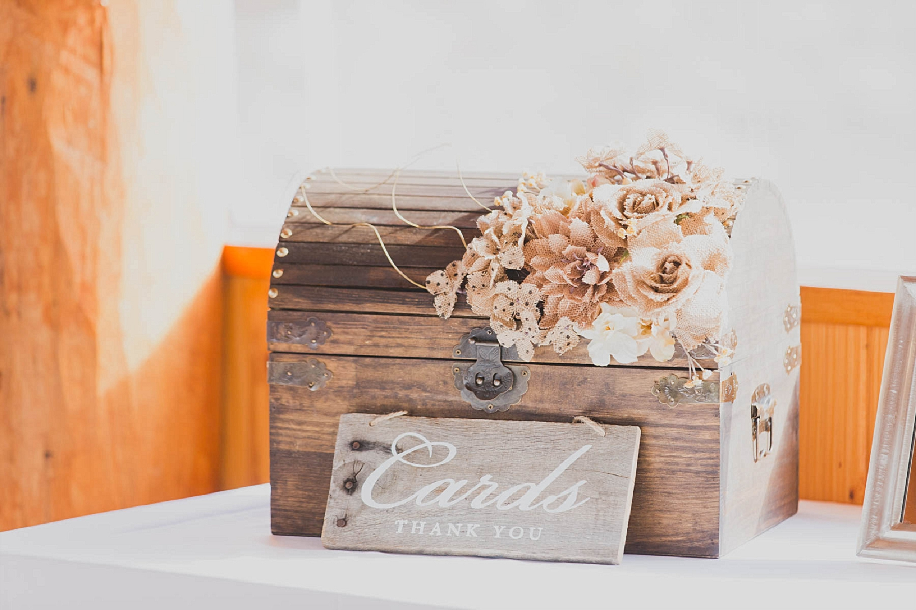 Jennifer_Mooney_photo_glacier_outdoor_center_wedding_montana_fall_elegant_rustic_romantic-74.jpg