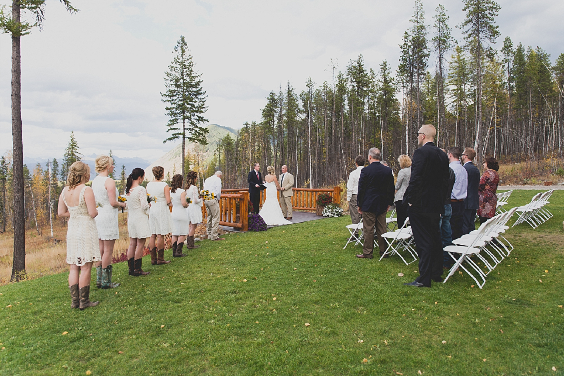 Jennifer_Mooney_photo_glacier_outdoor_center_wedding_montana_fall_elegant_rustic_romantic-81.jpg