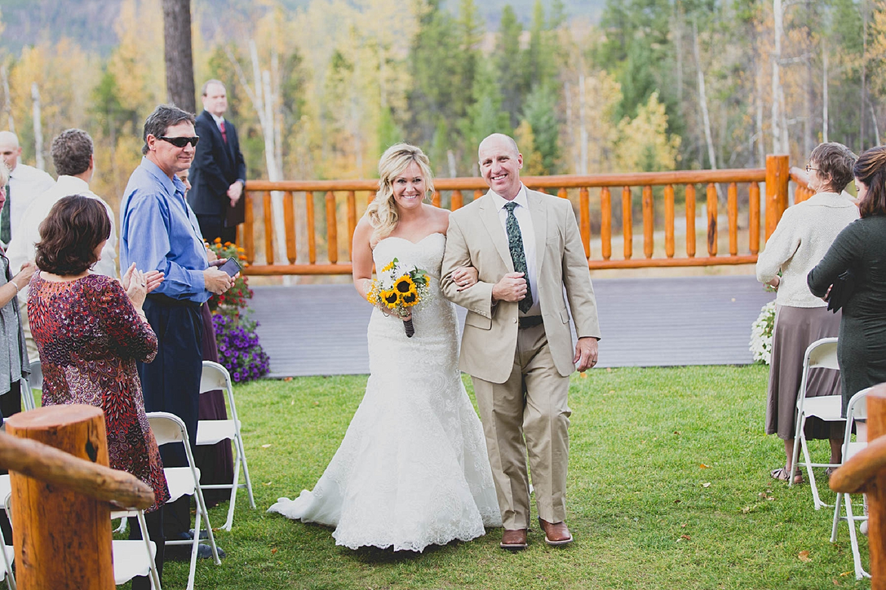 Jennifer_Mooney_photo_glacier_outdoor_center_wedding_montana_fall_elegant_rustic_romantic-91.jpg