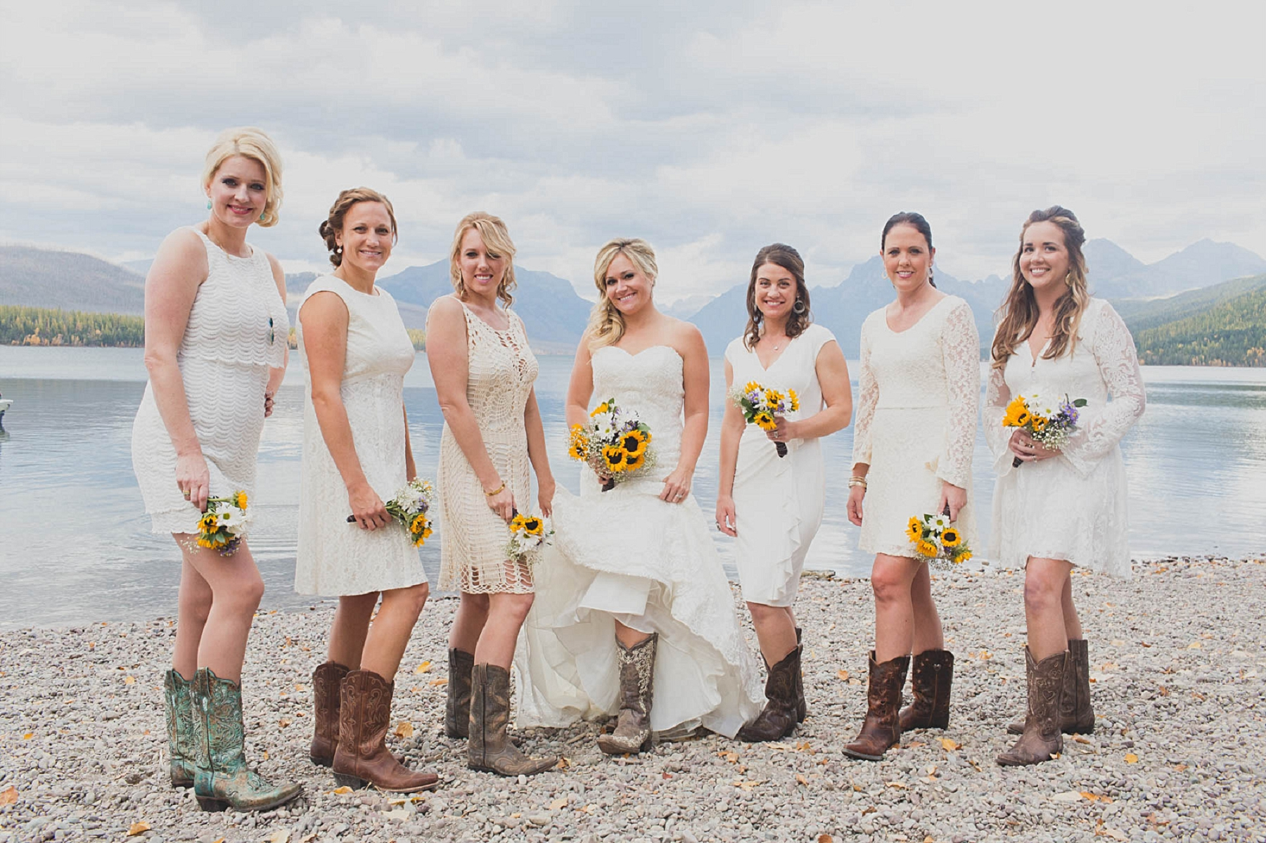Jennifer_Mooney_photo_glacier_outdoor_center_wedding_montana_fall_elegant_rustic_romantic-93.jpg