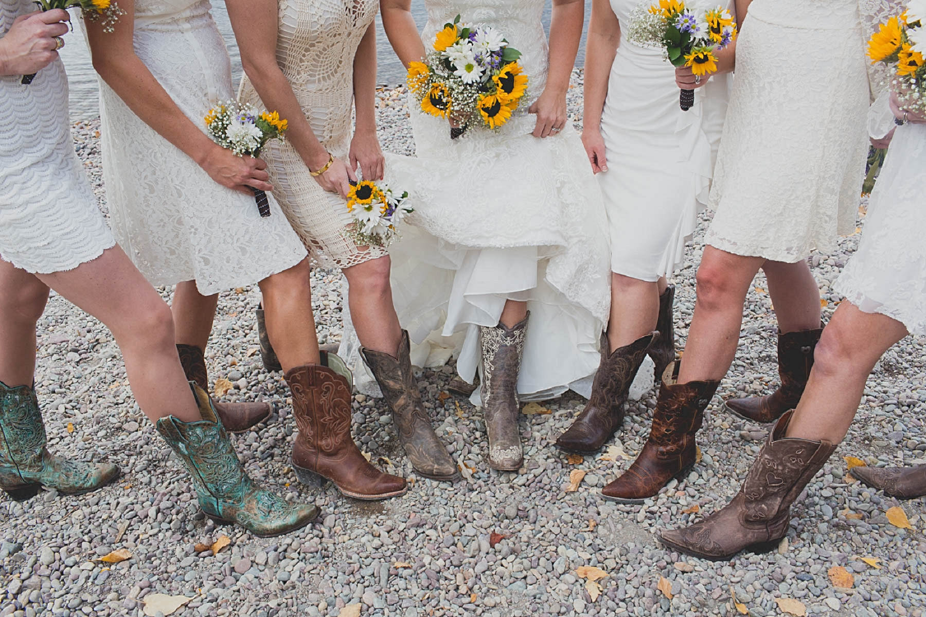 Jennifer_Mooney_photo_glacier_outdoor_center_wedding_montana_fall_elegant_rustic_romantic-94.jpg