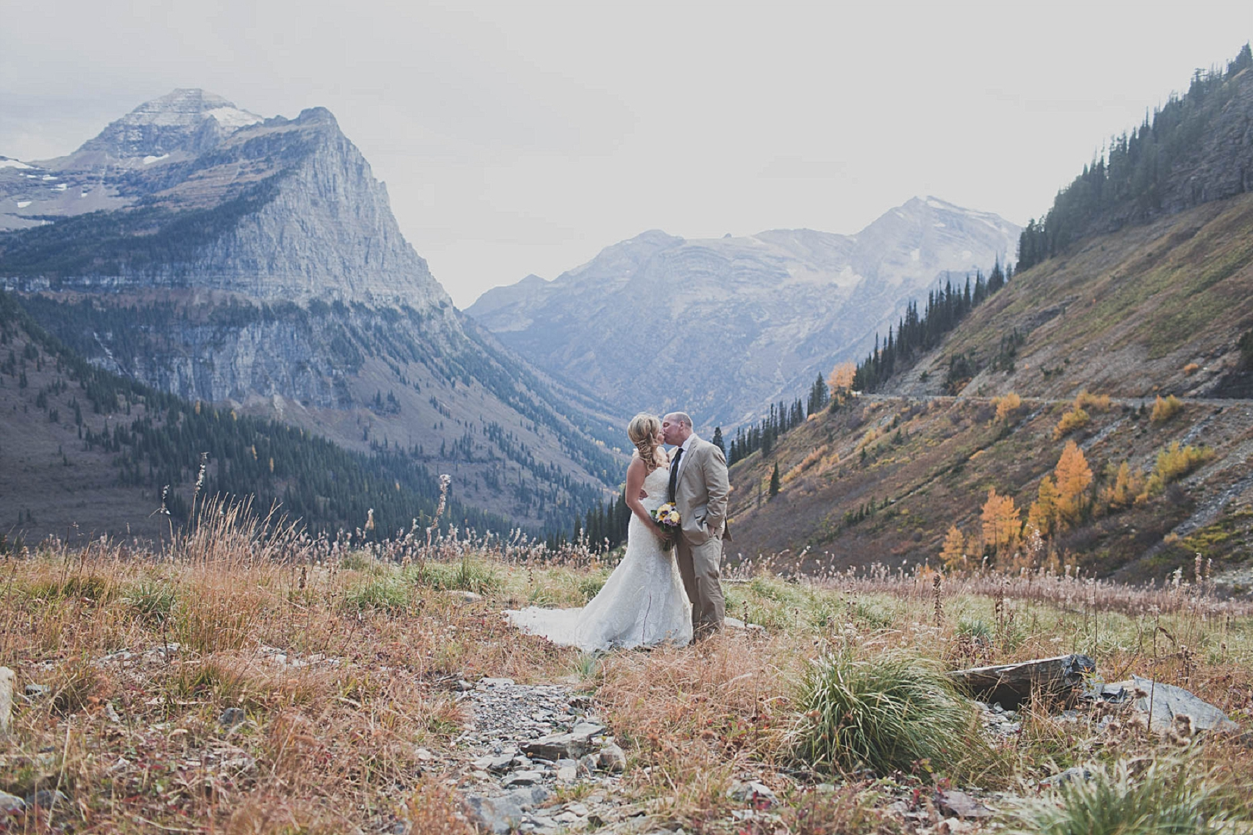 Jennifer_Mooney_photo_day_after_session_glacier_park_elegant_wedding_bride_groom_destination_-33.jpg