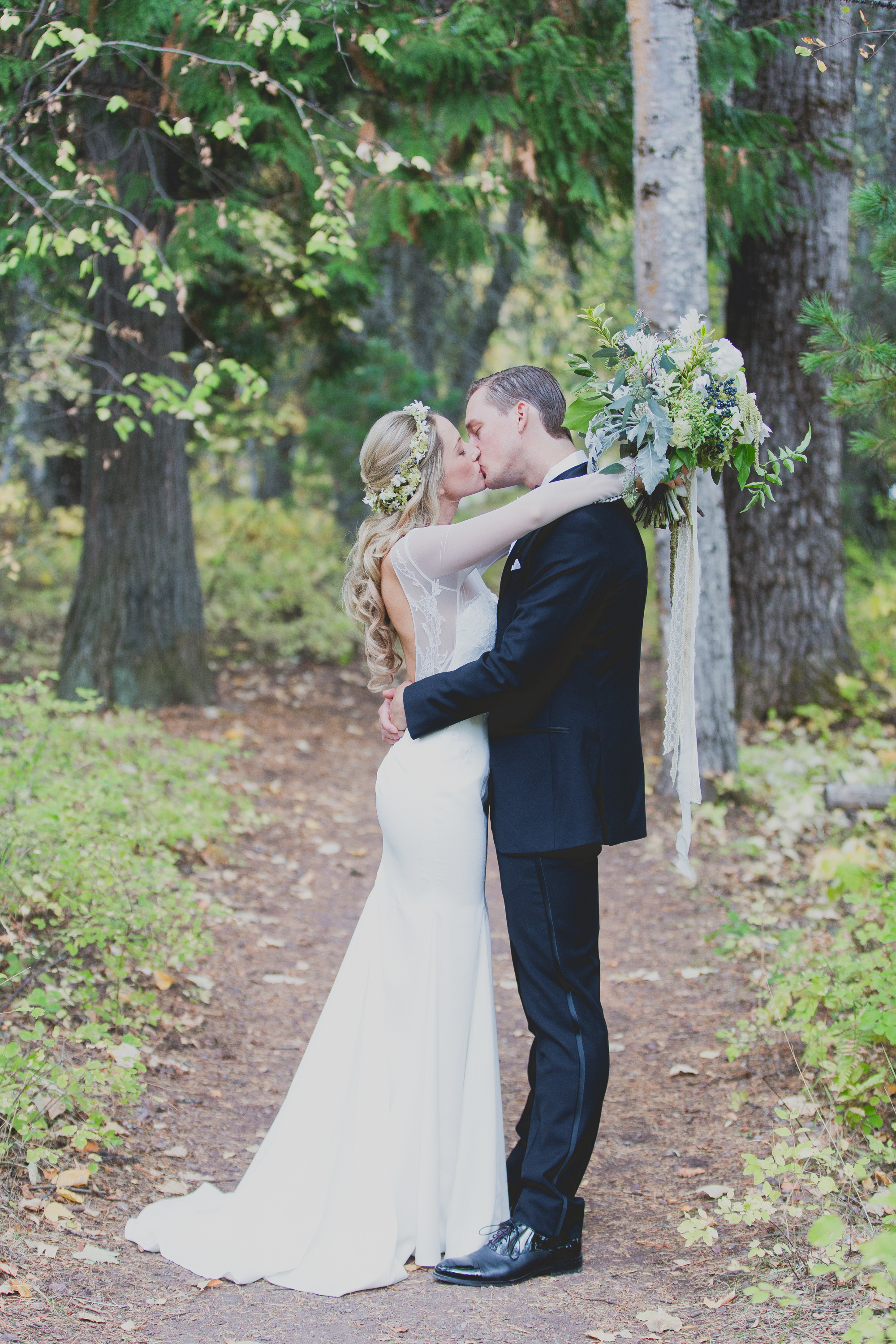 Jennifer_Mooney_Photo_glacier_wedding
