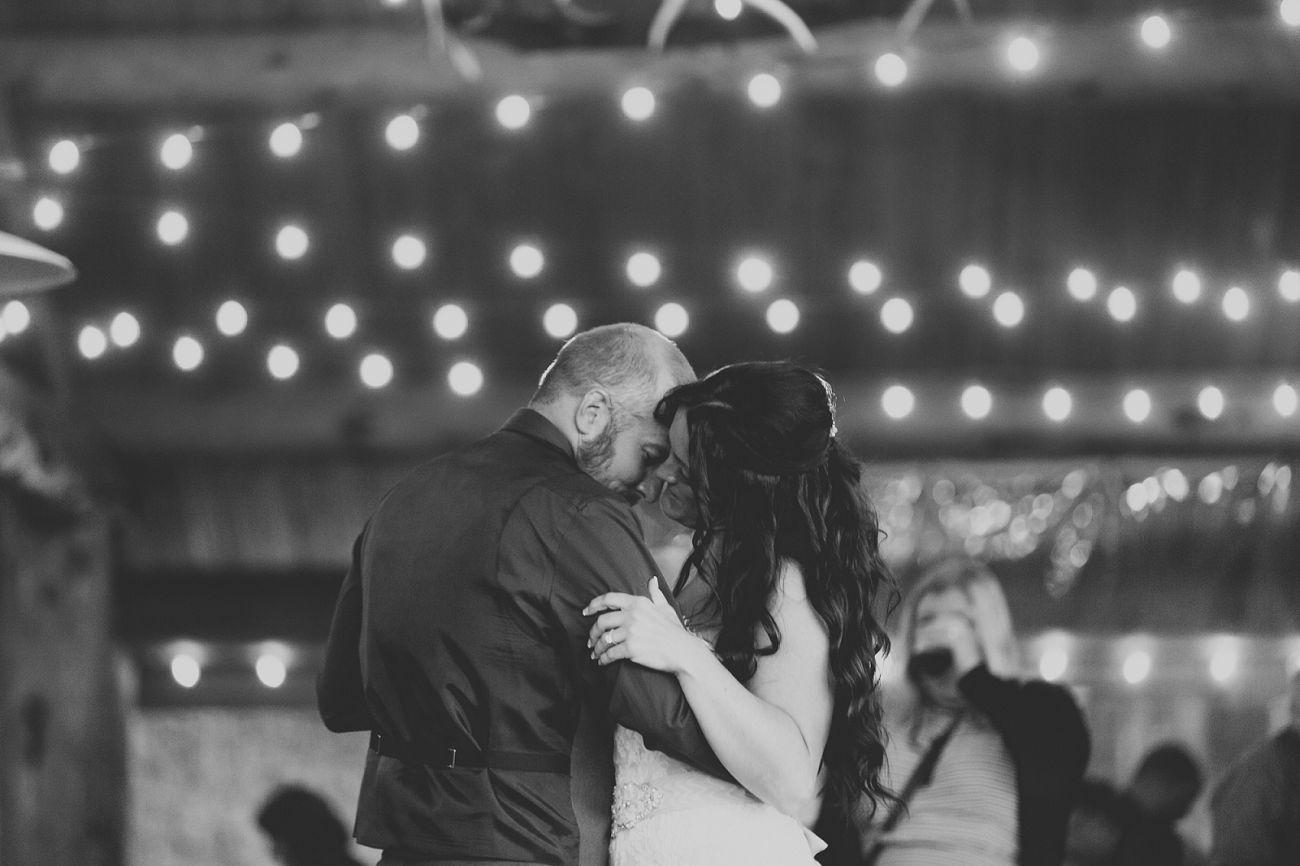 Jennifer_Mooney_Photo_Stone_wedding_00153.jpg